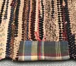 long-rug-detail