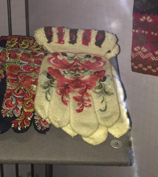 norsk-folkemuseum-gloves
